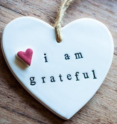 picture of heart with I am grateful
